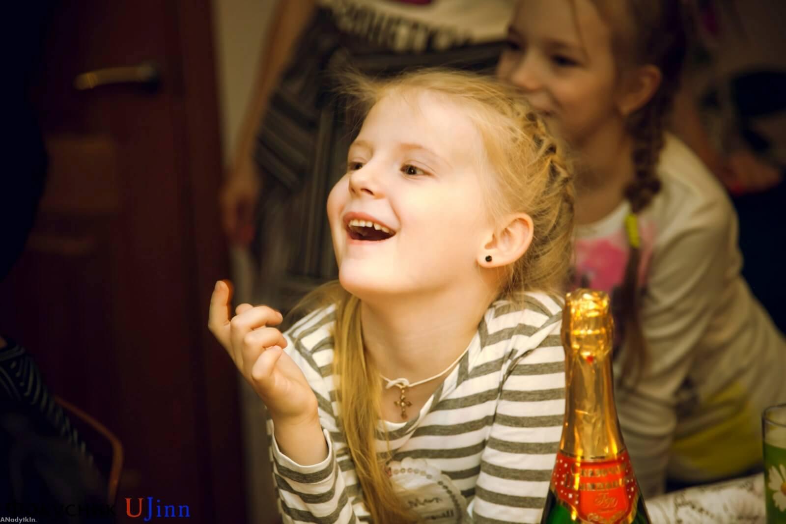 Юджинн - Детский фокусник на дом 10
